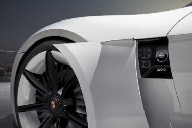 Schneller laden mit mit 350 kW