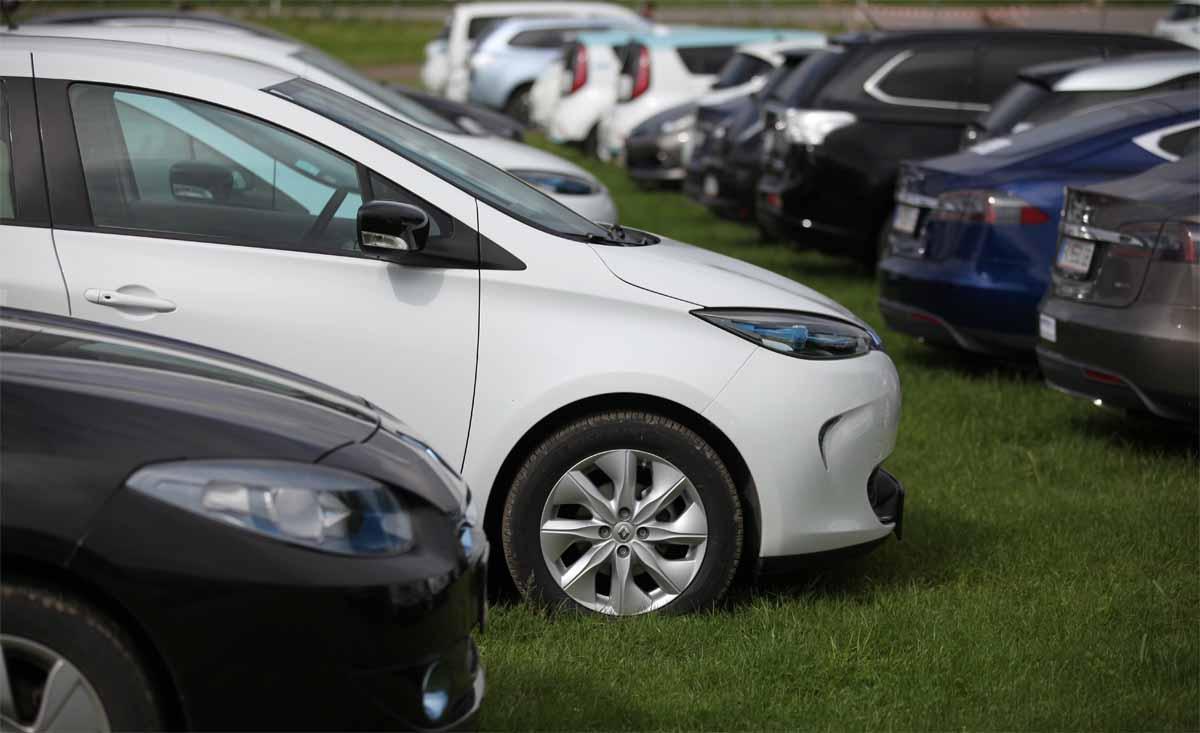 Über e-move – Elektroautokompetenz
