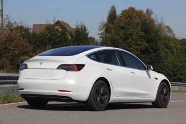 Tesla Model 3: Handlicher ohne Abstriche