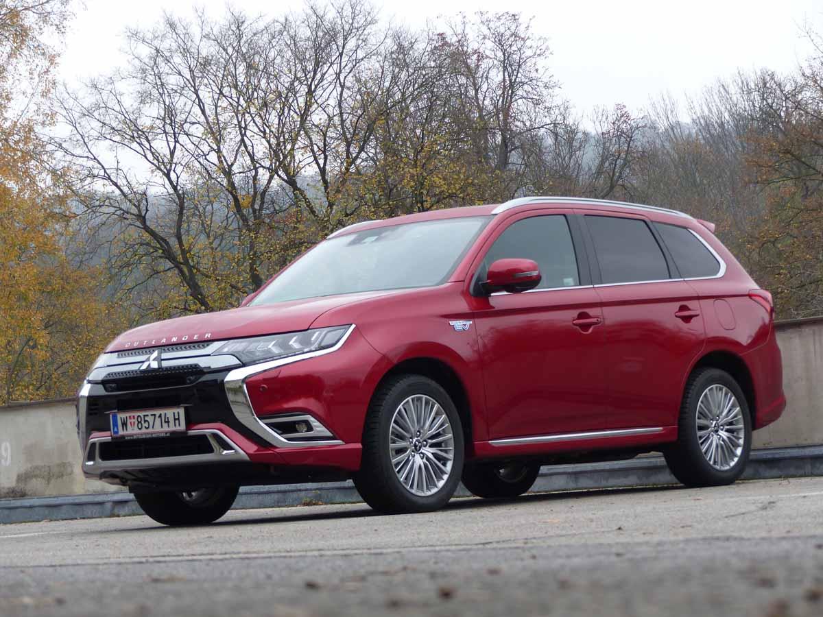 Mitsubishi Outlander, Pionier in dritter Generation