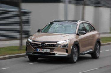 Fahren und Tanken mit dem Hyundai Nexo